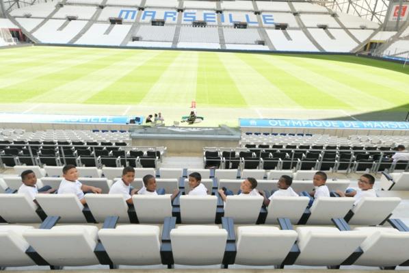 "<center>Jour 13 : ""S'envoler vers le Rêve  ...""<br> Visite en VIM du Stade Orange Vélodrome <br> avec l'OM Fondation"
