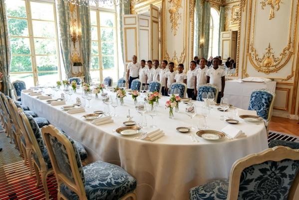 """<center>""""S'envoler vers le Rêve ...""""  <br> Jour 16 : Les petits saint-paulois visitent <br> le Palais de l'Elysée"""