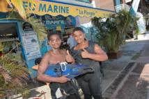 <center>Les marmailles de 1000 Sourires <br>découvrent  les merveilles <BR>de la plongée sous-marine