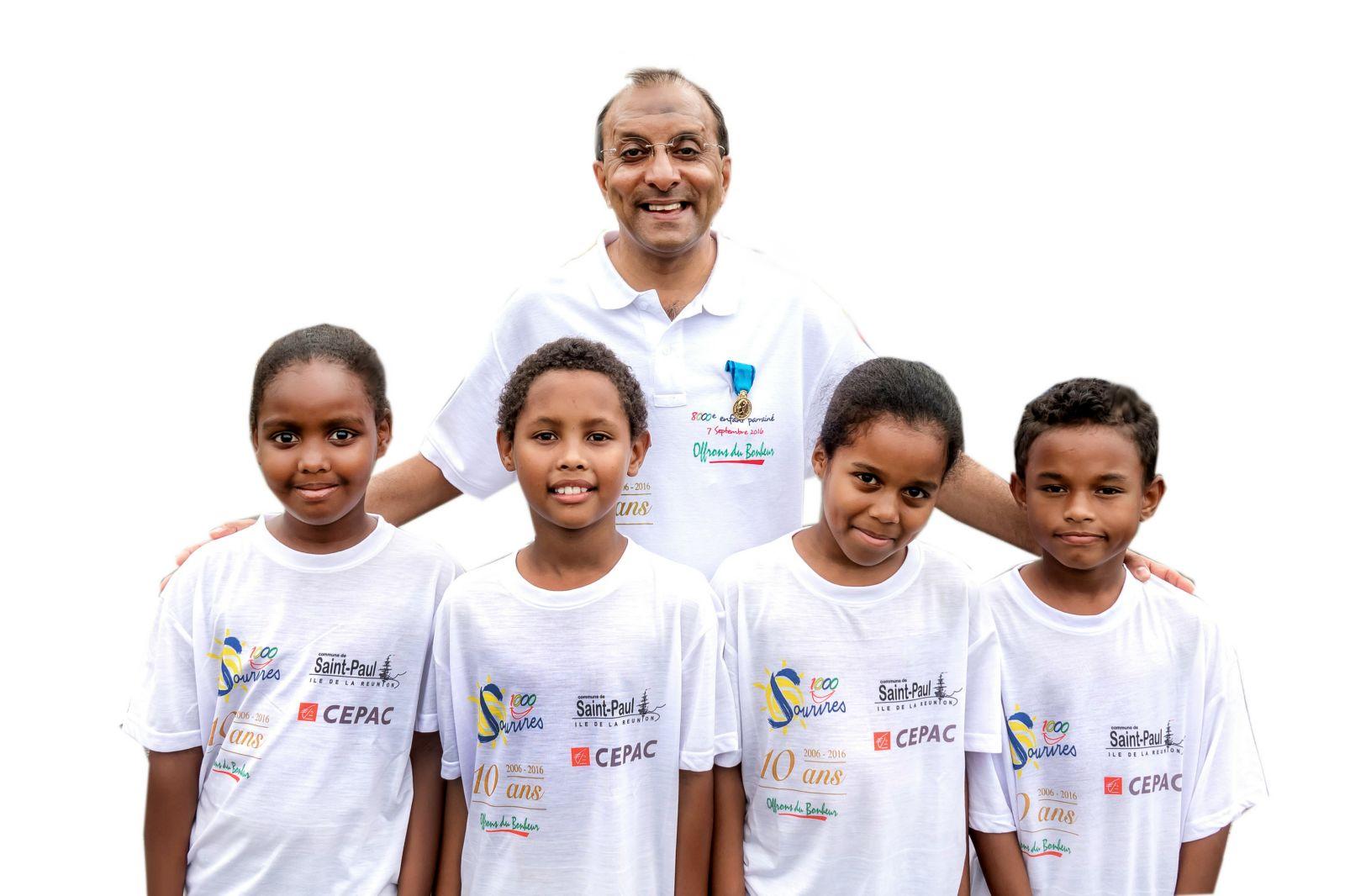 <center>Ibrahim Ingar, Président de 1000 Sourires <br>Médaillé de Bronze de la Jeunesse des Sports <br> et de l'Engagement associatif