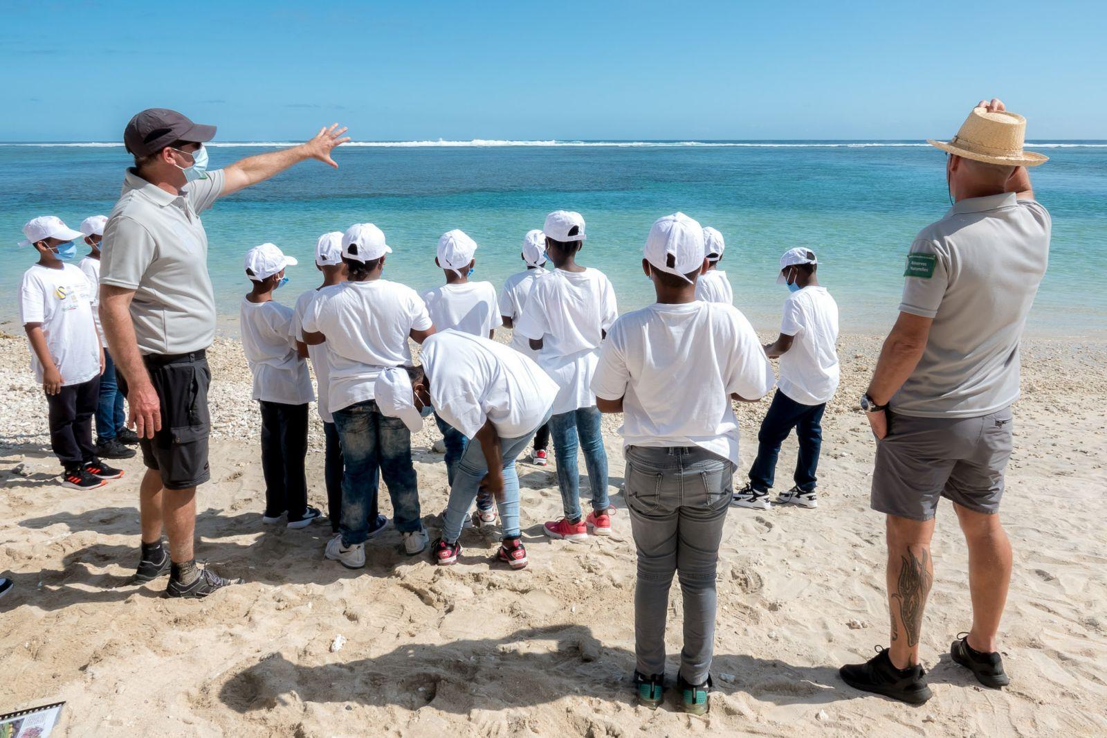 <center>Rencontre avec Cyprien, Finaliste «The Voice» 2020 au Lux* Saint-Gilles <br>pour les marmailles de 1000 Sourires