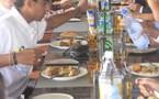 Grand Hôtel du Lagon : Déjeuner avec les partenaires  et séance de dédicaces pour le  personnel