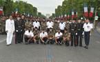 1000 Sourires au cinquantenaire du SMA  à Paris  et au défilé du 14 juillet 2011 sur les Champs Elysées......