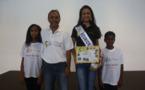 <center> Une semaine de rêve à Paris <br>  pour Cynthia et Josélito <br> 5000èmes enfants parrainés par 1000 Sourires