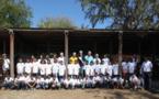 <center>Les marmailles de 1000 Sourires découvrent <br>en V.I.M.  les poneys en compagnie de Miss Réunion